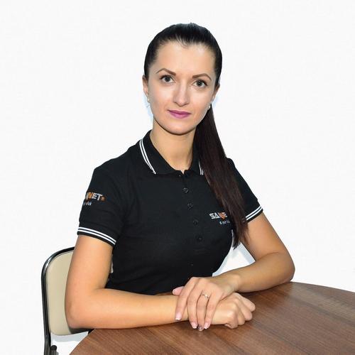Adriana - specialist SEO