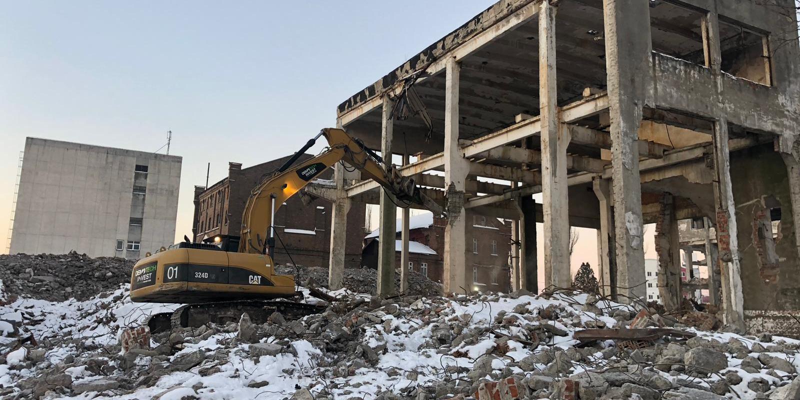 DEMO TECH Suceava, un nume de referinţă în demolări şi excavaţii